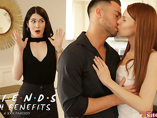 Friends With Benefits The One With Monica And Rachel - S4:E1